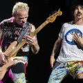 red-hot-chili-peppers-2017